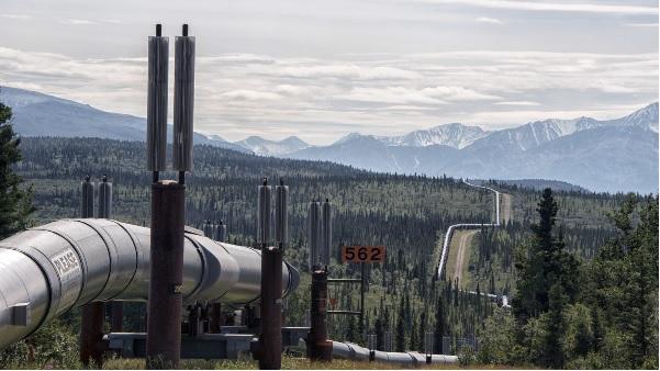 油管穿山障碍重重